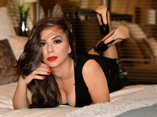 LenaFox Real Sex chat-I m Lena an Italian