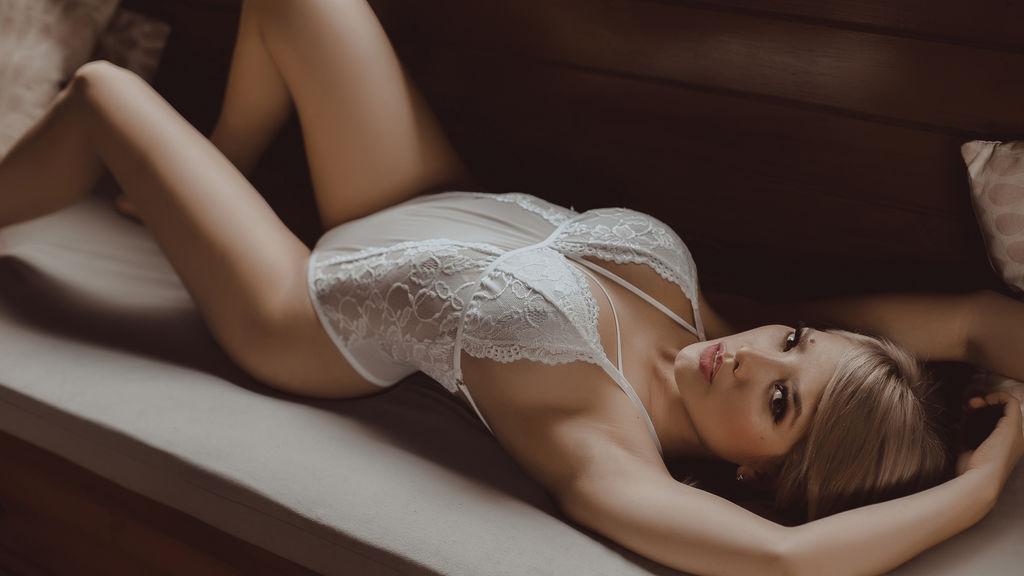 AshleyAlba Jasmin