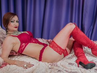 AnnaRosier Marvellous Big Tits LIVE!-I m a hot hot woman