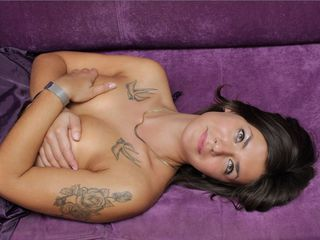 JenniferNoire Marvellous Big Tits LIVE!-Hi I m Jennifer your