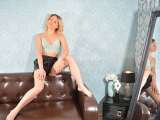 Naughtyblondywow Real Sex chat-Hello. I'm very