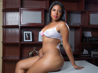 LaylaMillan -I am a very hot girl