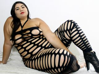 ALYSONHOTT -Open minded and
