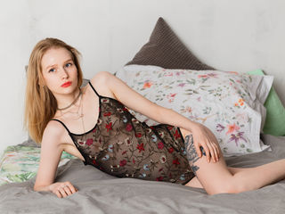 ElizaSweetRose -I can be so