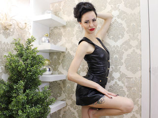 CharmingJean -I am a hot girl with