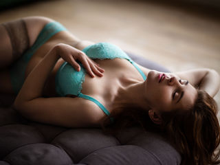 KittySpecial -I m very open and