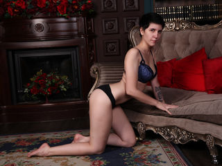 IrwiHooper Marvellous Big Tits LIVE!-I m really good when