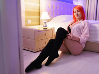 LilianB Marvellous Big Tits LIVE!-hi I love smart men