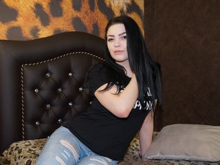 EmilyMarcy Marvellous Big Tits LIVE!-Hi my name is Emily
