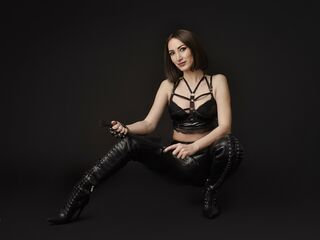 Voir le liveshow de  Ellaerotic de Livejasmin - 32 ans - I love adventure and seduction. I am a hopeless romantic, very passionate about everything th ...