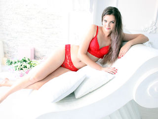 KirstenWhite -I m young flirty