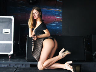 LadysDreamm -I am a cheerful