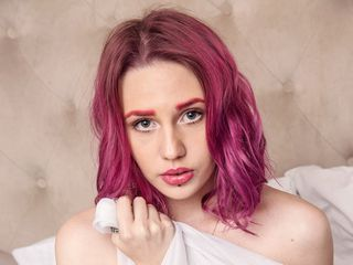 AllisonParadis Marvellous Big Tits LIVE!-I am a good