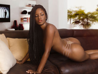 mariahContessa -im a good girl like