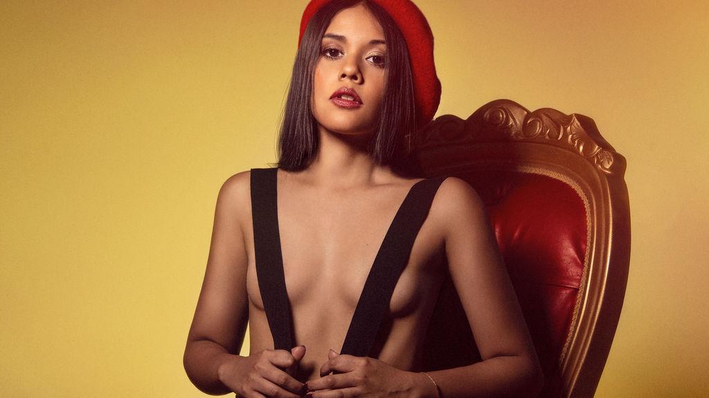 AliciaAlba Jasmin