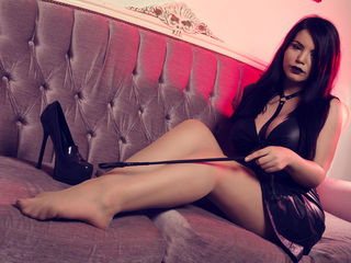 Voir le liveshow de  OneGreatDiva de Livejasmin - 28 ans - Exquisite and High Maintenance Goddess - I love everything expensive and you will give it t ...