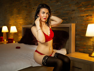 NathallieStar Adults Only!-I am a hundred