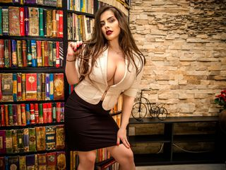 AylinReves Marvellous Big Tits LIVE!-I m a funny girl