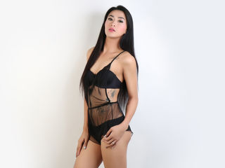 shemale cam model image - HornyButterface