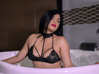 SamanthaAlba -Hello Gentlemen My