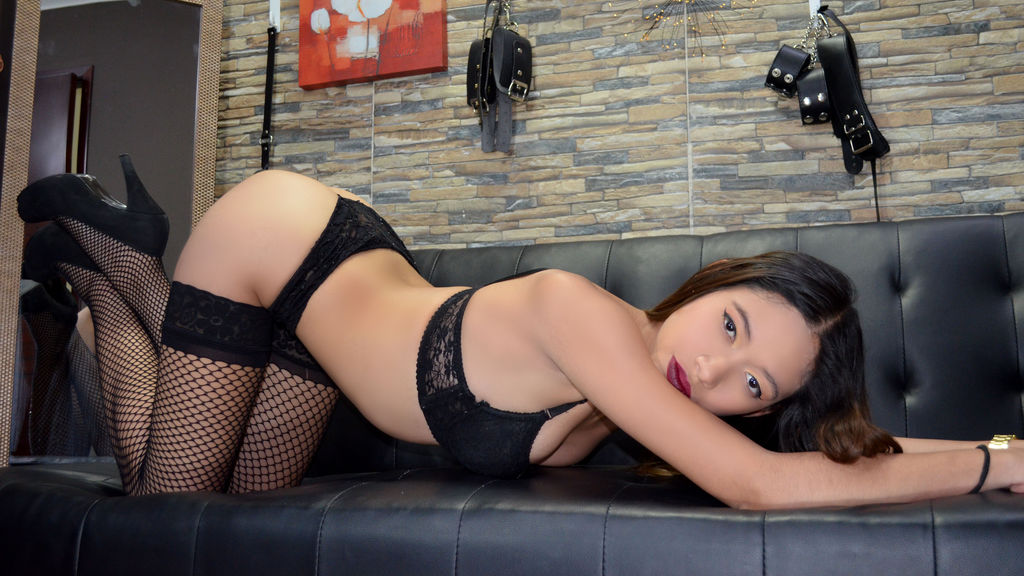 Watch the sexy AngelaDare from LiveJasmin at GirlsOfJasmin