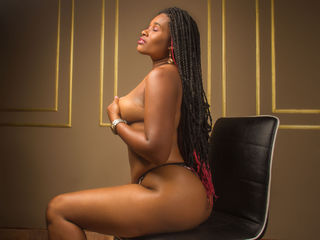 Webcam model MelanyLory from Web Night Cam