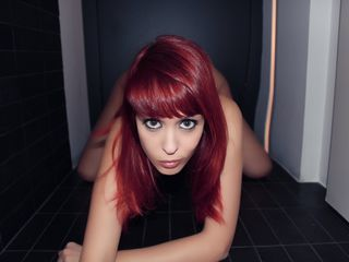 Horny SexyAssCandy