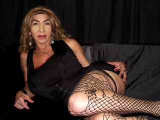 ELEKTRA4YOUX Chat Sex-I am a fun girl ....