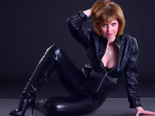 AmeliaPeachX Adults Only!-I'm a natural lady