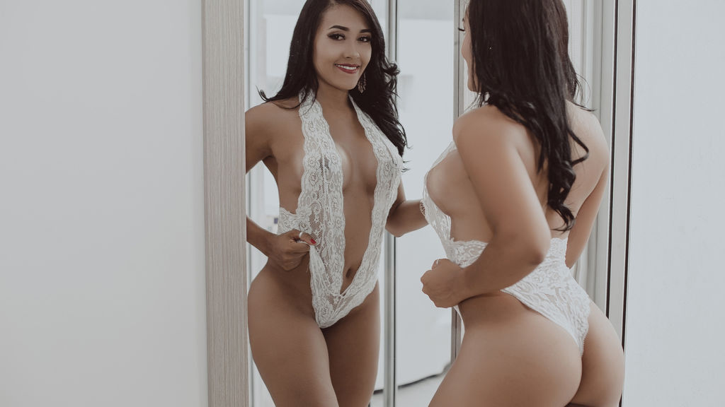 ChantalPrice online at GirlsOfJasmin