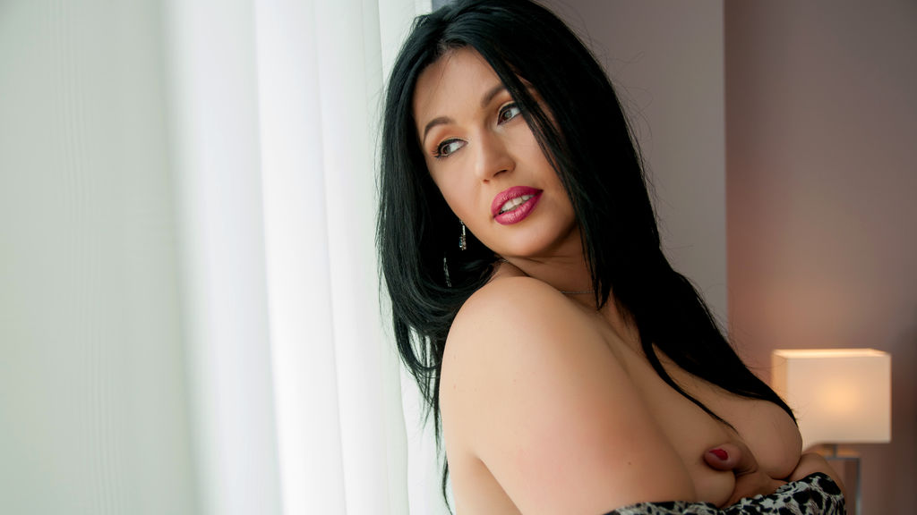 Watch the sexy AdiraMaeve from LiveJasmin at GirlsOfJasmin