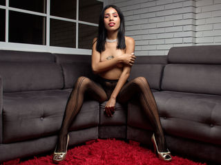 Webcam model MelanyCole from Web Night Cam