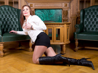 VIVO.webcam JullyJullieta (45) MILF with big breasts