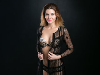 AriadnaHoney Adults Only!-I am a very kind and