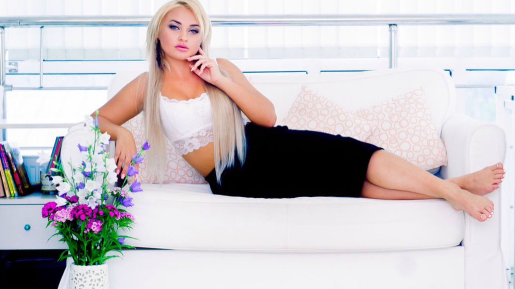 Watch the sexy Alenushkaa from LiveJasmin at GirlsOfJasmin