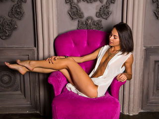 Webcam model CandyGirlHun from Web Night Cam