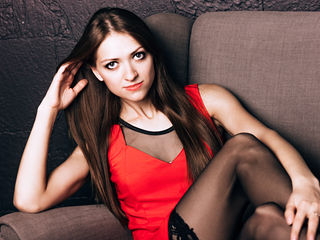 18 petite white female blonde hair blue eyes JenniferUCute chat room