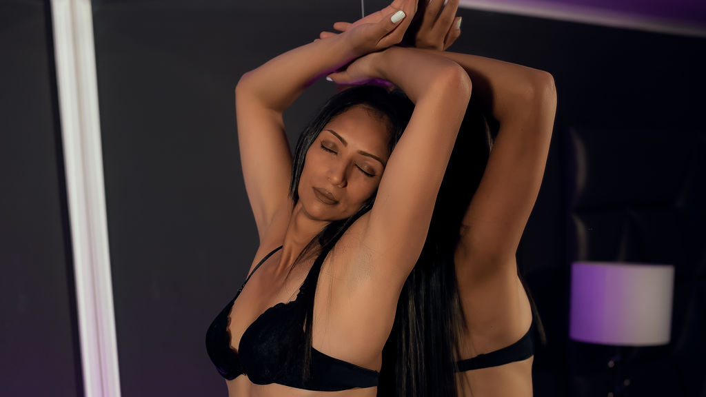 Watch the sexy NicoleAdrian from LiveJasmin at GirlsOfJasmin