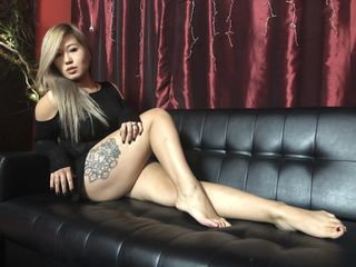 Webcam model LoloMay from Web Night Cam