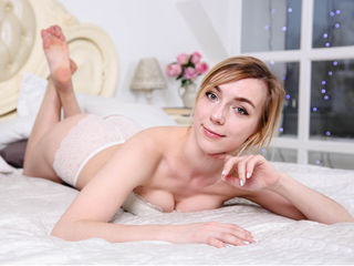 Webcam model StaciLin from Web Night Cam