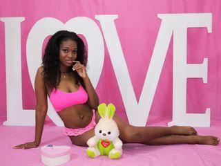 Webcam Snapshop for Model Carolinemoor