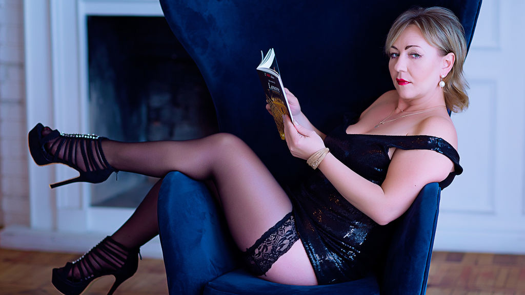 Watch the sexy LusyRex from LiveJasmin at GirlsOfJasmin