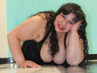 VIVO.webcam soleytitsxxx (40) MILF with huge breasts