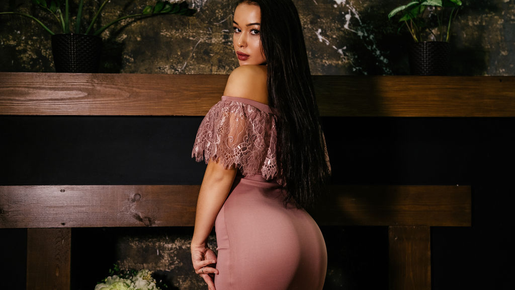 Watch the sexy RozaGrant from LiveJasmin at GirlsOfJasmin