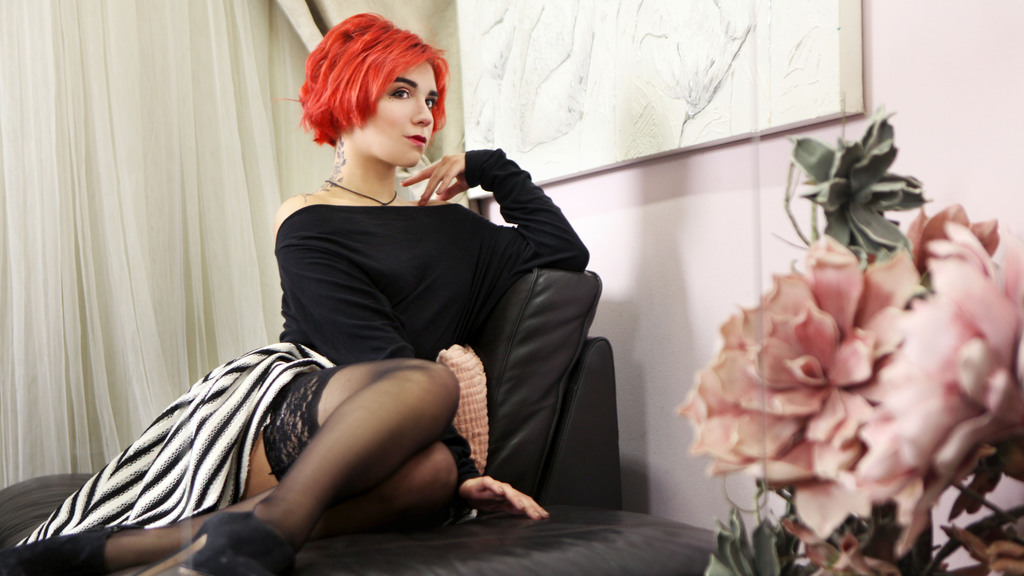 Watch the sexy DionJohnson from LiveJasmin at GirlsOfJasmin