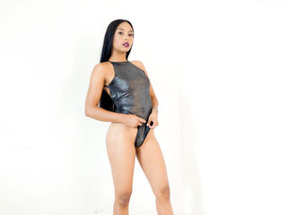 Webcam model IdannaFell from Web Night Cam (LiveJasmin)