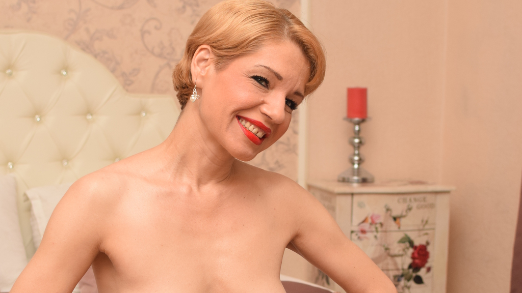 BettyBerg online at GirlsOfJasmin