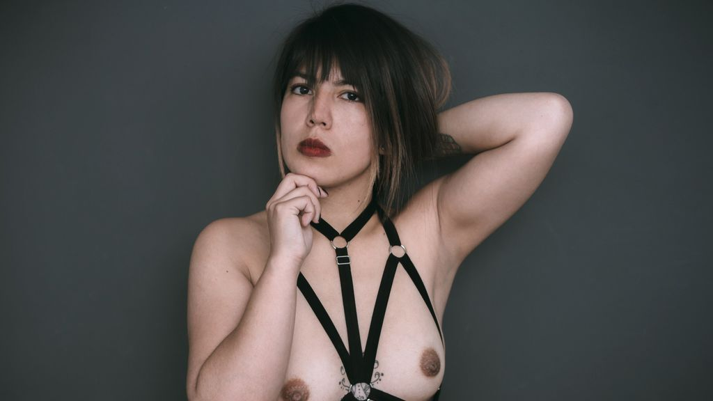 Watch the sexy VioletteMoure from LiveJasmin at GirlsOfJasmin