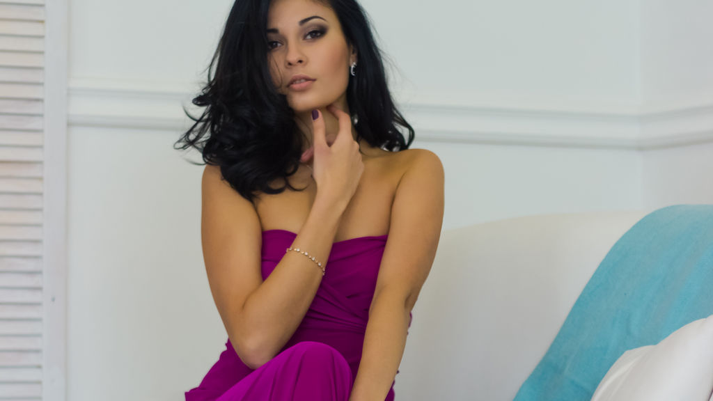Watch the sexy TigressMeow from LiveJasmin at GirlsOfJasmin