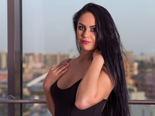 Webcam model AnaysCharm from Web Night Cam (LiveJasmin)